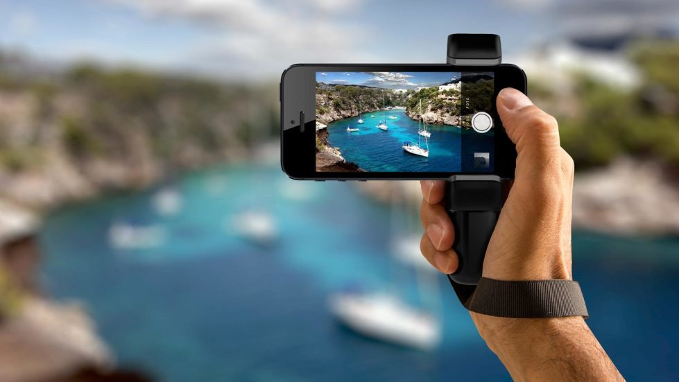 shoulderpod_s1_professional_smartphone_rig_filmmaker_grip_iphone